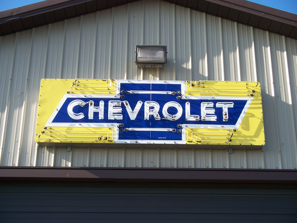 Oh Canal Winchester Chevrolet Sign Neon Chevrolet Sign A Flickr