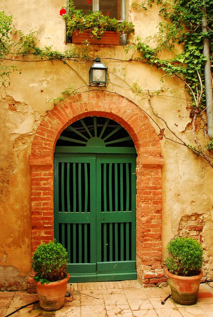 ... An old door in Tuscany | by Mavroudakis Fotis & An old door in Tuscany | An old door in San giovanni d\u0027Asso \u2026 | Flickr