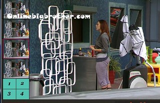 BB13-C3-8-9-2011-9_59_36.jpg | by onlinebigbrother.com