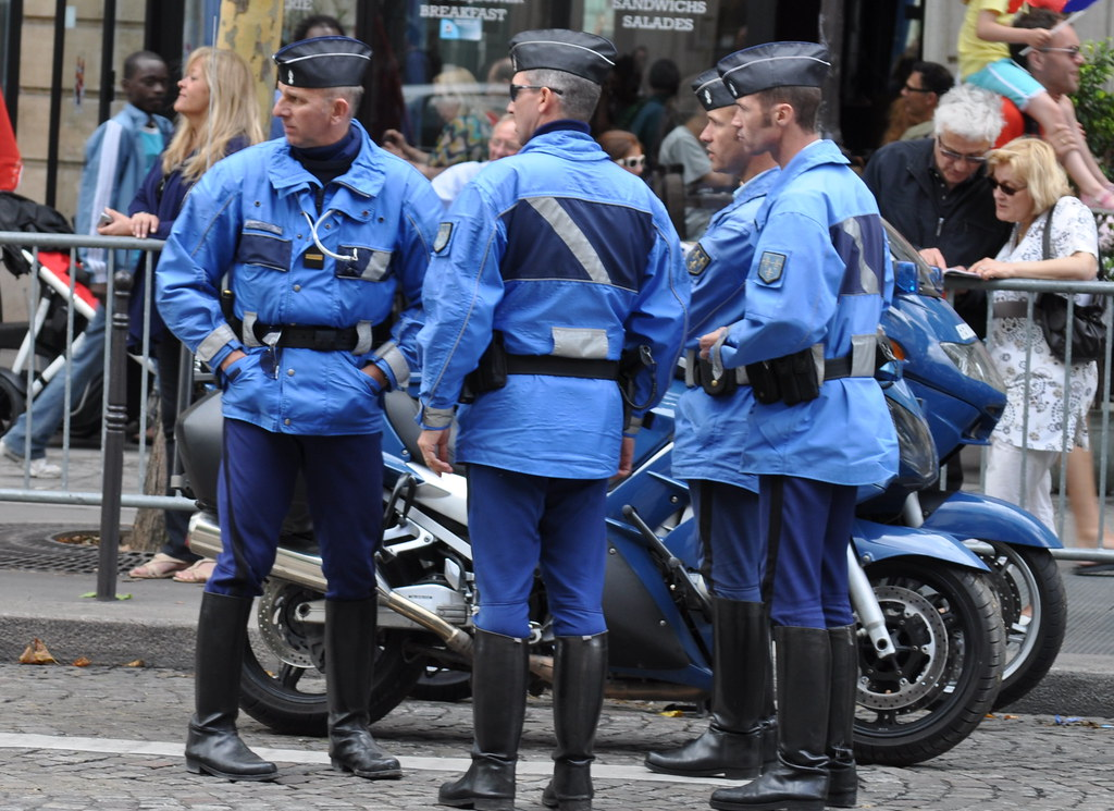 Gendarmerie francaise - Gendarmería francesa | copsadmirer ...
