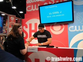 LL Cool J signing autographs | by trashwire