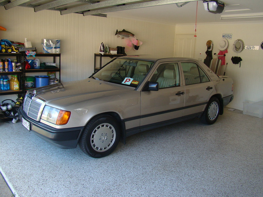 1989 mercedes benz 230e w124 refurbished alloys for Mercedes benz 230e