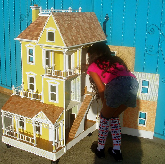 3 story victorian doll house flickr photo sharing for 3 story victorian house