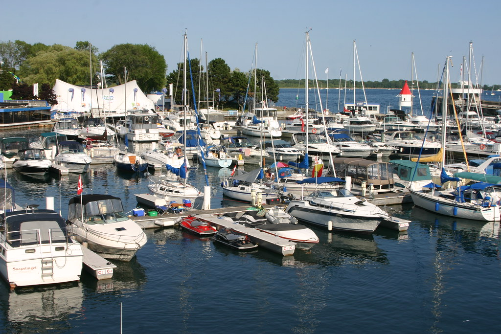 Toronto Ontario Place Marina 1 A Grouping Of Yachts In T Flickr