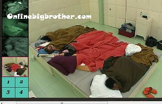 BB13-C4-8-4-2011-4_33_37.jpg | by onlinebigbrother.com