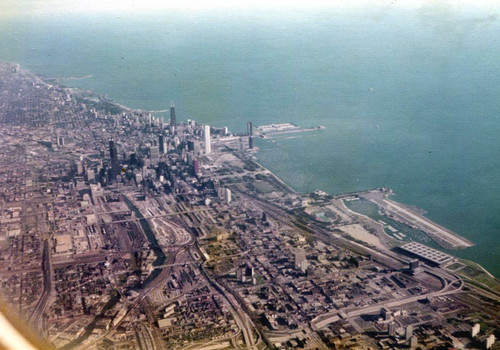 Chicago from the Air (1974) | An air view of Chicago ... | 500 x 350 jpeg 83kB