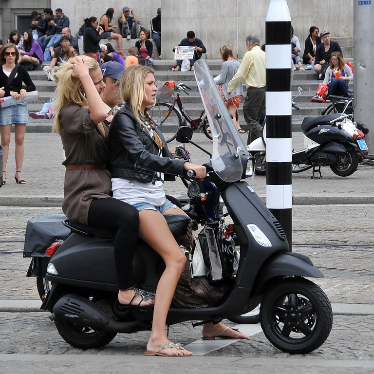 Scooter Girls - Page 30 - ADVrider | Scooter girl, Vespa