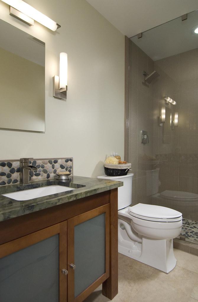 Wooden cabinets bathroom remodel bathroom remodeling in for Bathroom renovations 3d