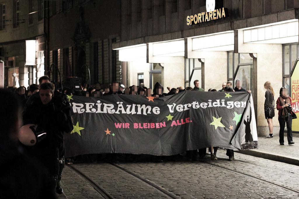 nachttanz demo am in freiburg ber 500 menschen flickr. Black Bedroom Furniture Sets. Home Design Ideas