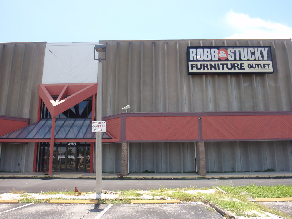 Robb Stucky Furniture Outlet Out Of Business Fort Myers Flickr