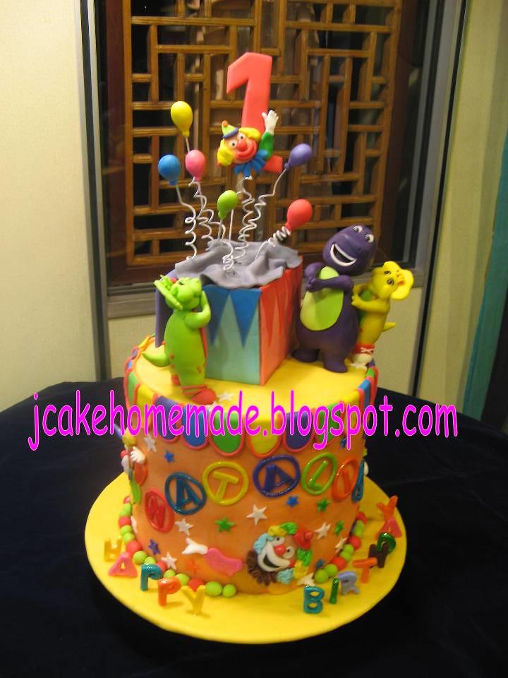 Barney and friends birthday cake Happy 1st birthday Natali Flickr