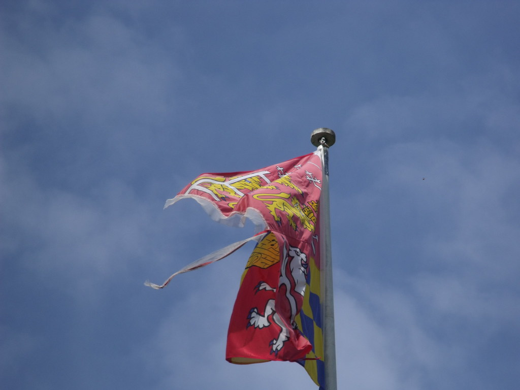 Car For Kids >> Castle Rising Castle - Flag - coat of arms | This is the rui… | Flickr