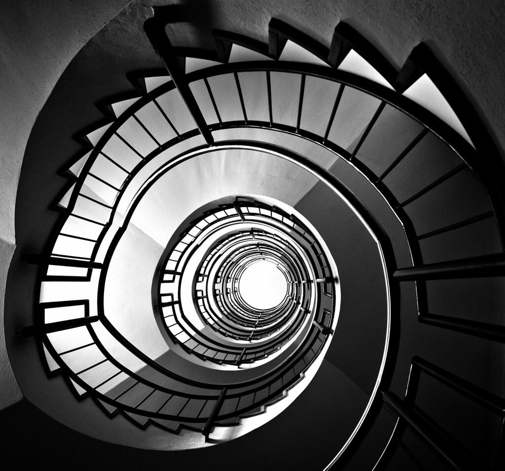 Inspiring Spiral Staircase: The Spiral Staircase / La Escalera De Caracol