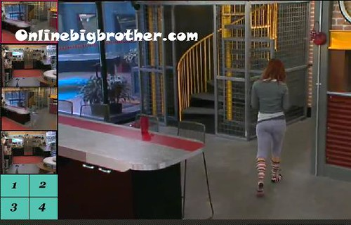 BB13-C2-8-9-2011-9_46_15.jpg | by onlinebigbrother.com