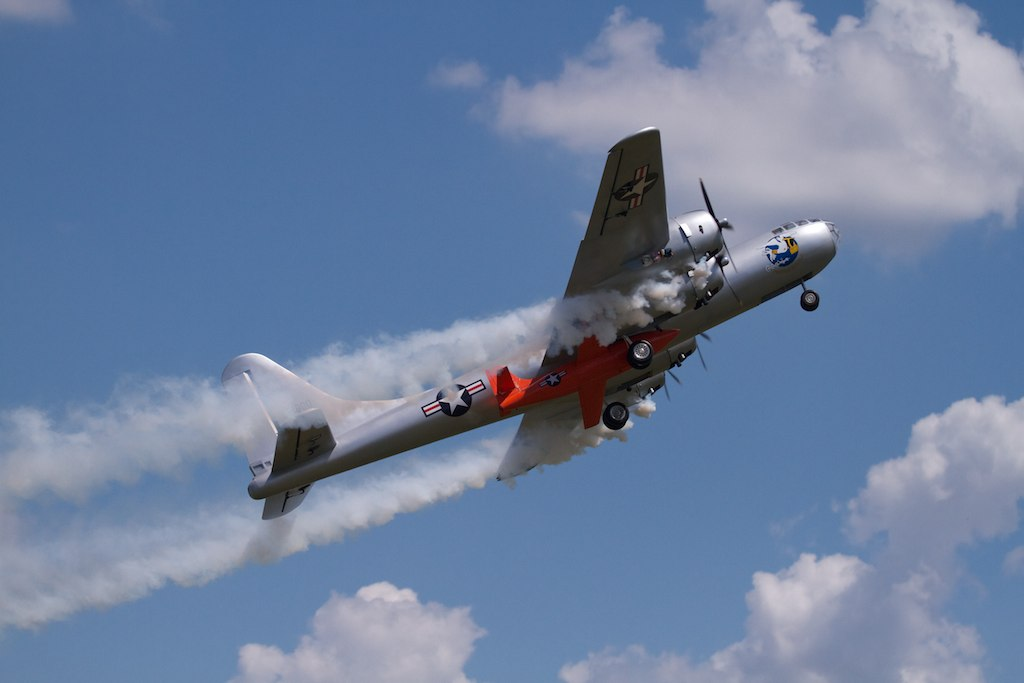 Mac Hodges B 29 Carrying Bell X 1 At Warbirds Over Delawar
