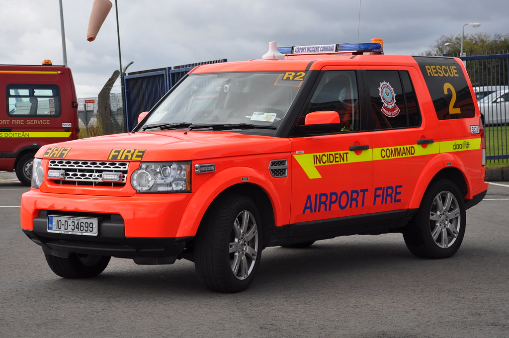 Land Rover Discovery >> Dublin Airport Fire Service 2010 Land Rover Discovery 4 Pa… | Flickr