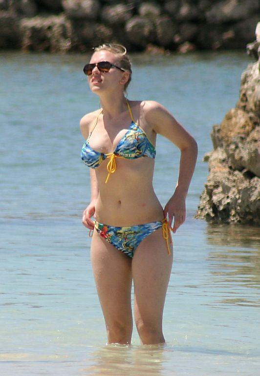 Scarlett-Johansson-Beach-Bikini-1 | juan ramirez | Flickr Scarlett Johansson