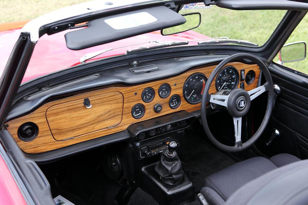 Triumph Tr6 Interior Dash C1975 2 5 Litre Straight Six Flickr