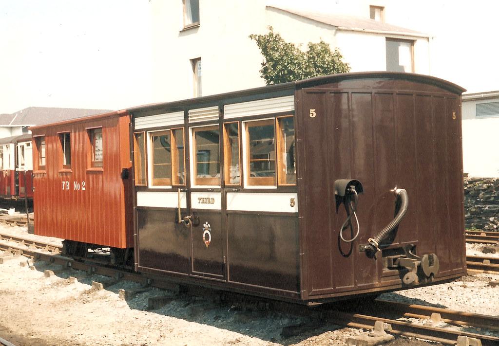Bug Box Amp Guards Van Ffestiniog Railway Coach 5 And Van