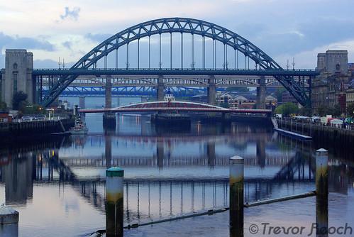 The river Tyne, how many Bridges? | by THR Photography