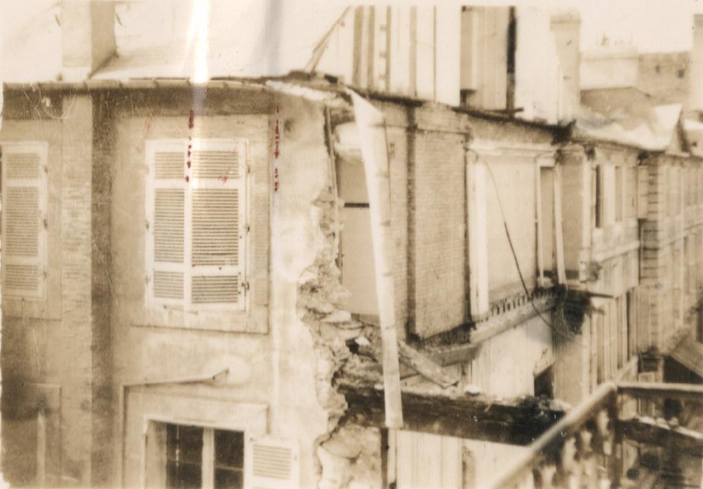 immeuble du 44 rue de siam 7 avril 1941 apr s le bombarde flickr. Black Bedroom Furniture Sets. Home Design Ideas