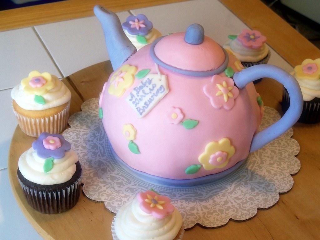 White Teapot Cake