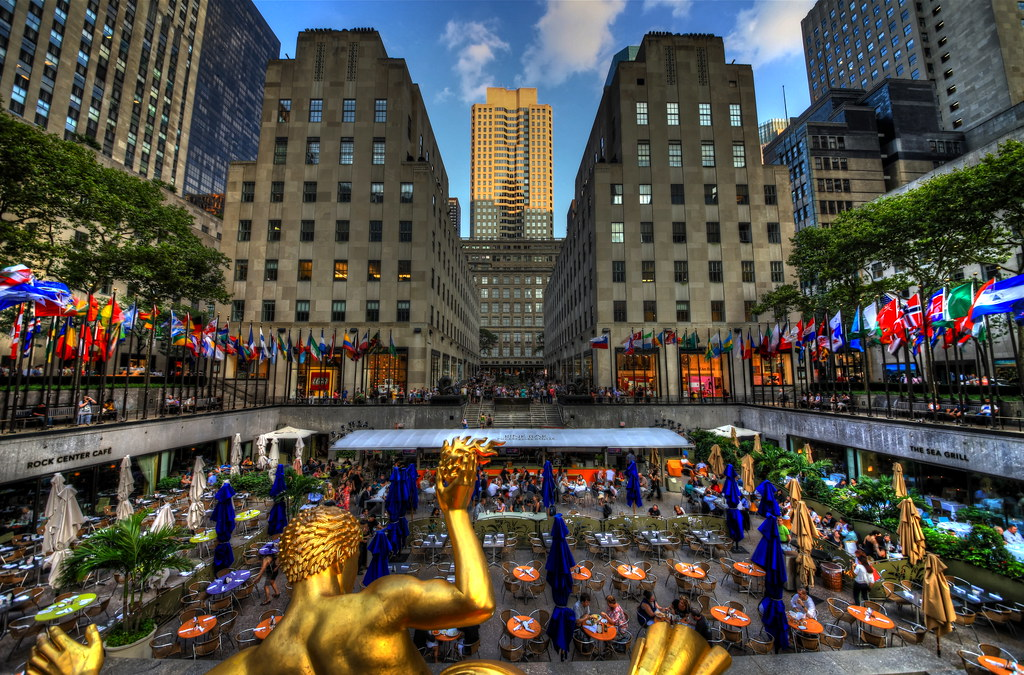 Camera Rockefeller Center : Rockefeller center sunken plaza ❖ gallery and prints
