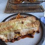 Enchiladas mit Hühnchen und Bohnen