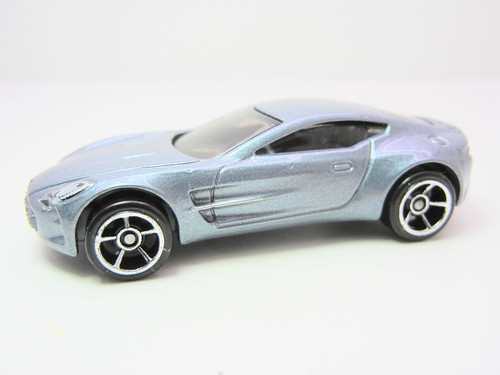hot wheels aston martin one-77 (2) | by jadafiend