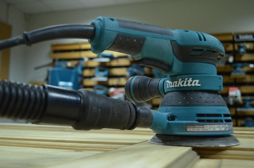 Makita BO5041 Random Orbit Sander | by toolstop