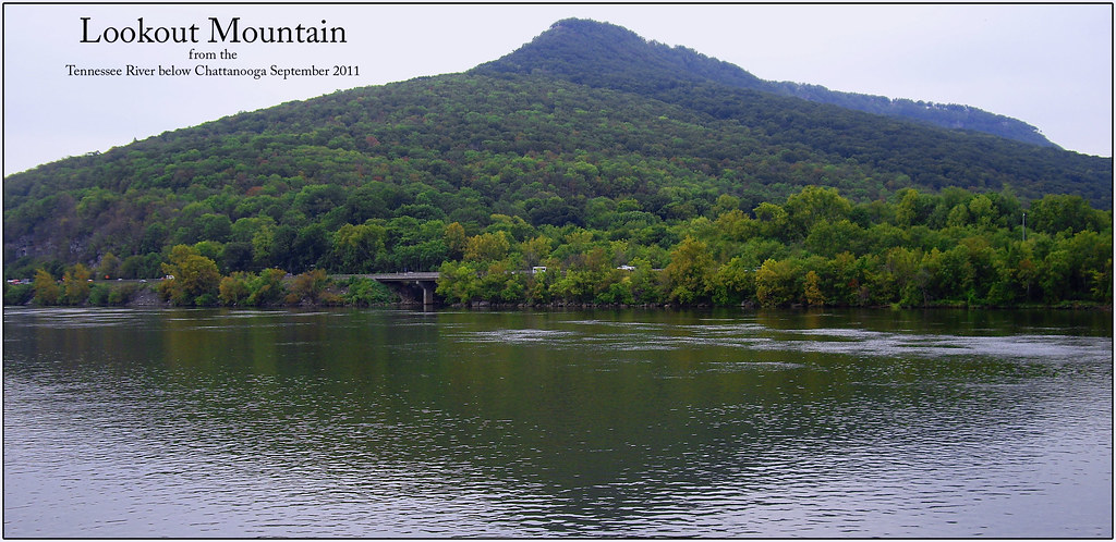 Northwest profile of lookout mountain from the tennessee r flickr northwest profile of lookout mountain from the tennessee river chattanooga tn september sciox Gallery