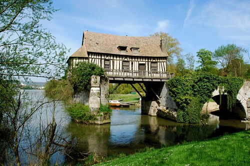 Vernon haute normandie france welcome for one day or - Chambre des notaires haute normandie ...