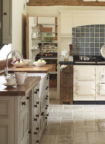Cream Kitchens With Black Granite Worktops