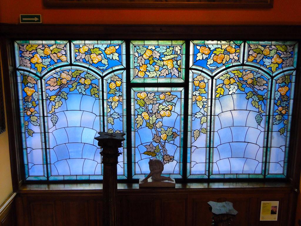 vitrail les roses vers 1906 de jacques gruber verre am ric flickr. Black Bedroom Furniture Sets. Home Design Ideas