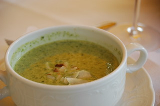 Spinach Cream Soup with Coconut Chips | by anneschuessler
