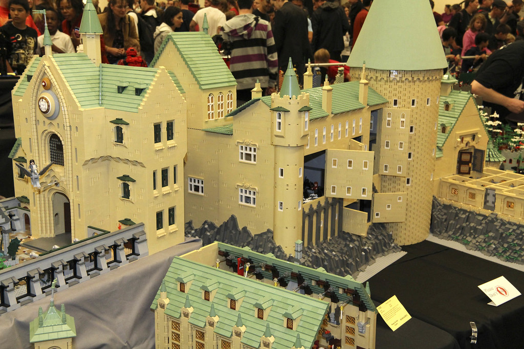 ... LEGO Harry Potter: Hogwarts Castle By Alice Finch At Brickcon 2011   By  FlintWeiss