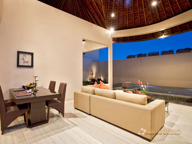 16 X 17 Living Room Design 45049298N06 Villa Blis