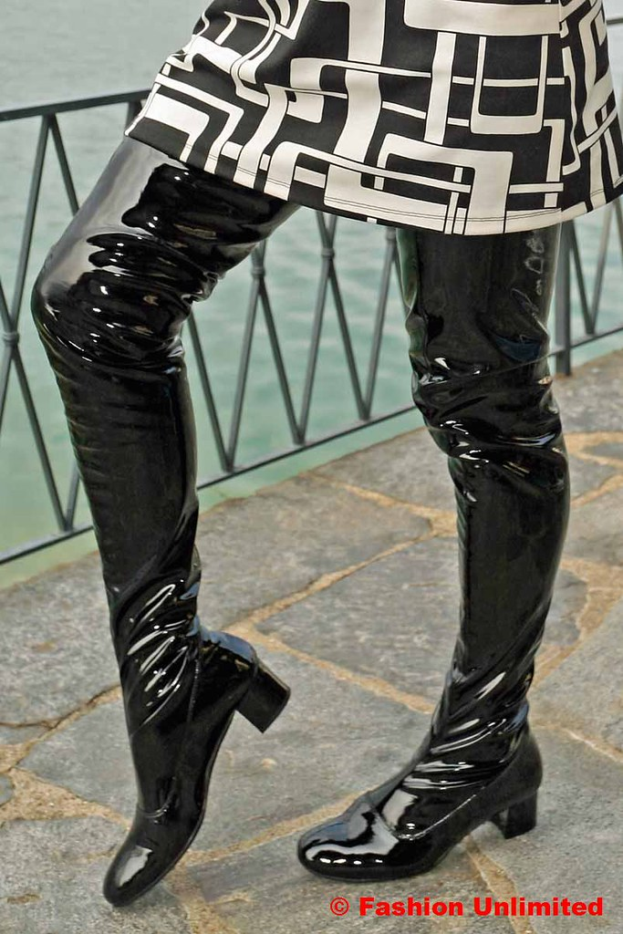 Black Dress Knee Length Shoes