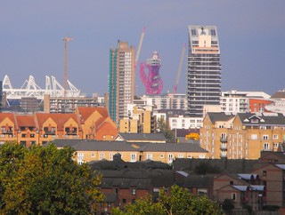 Olympic Stadium from Greenwich Park and red Orbit Tower | by surreydweller...