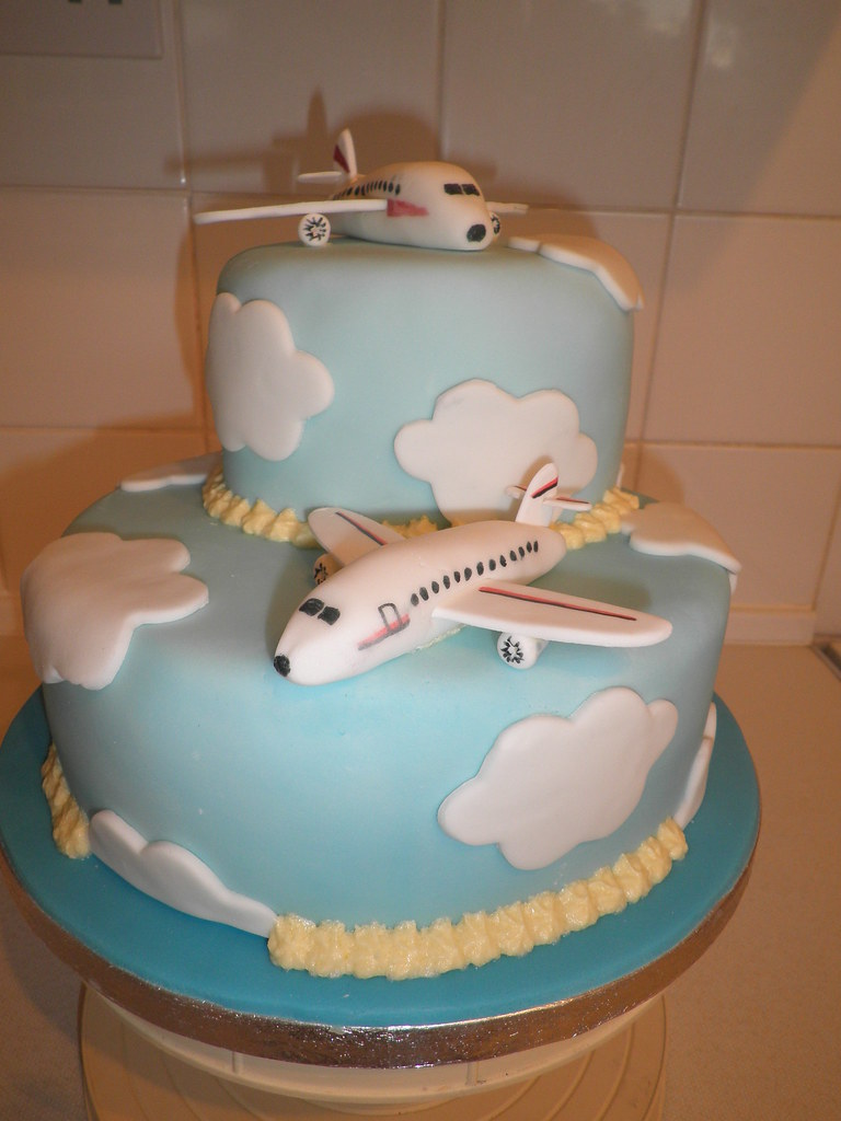 aircraft wedding cake come fly with me aeroplane cake cakes by www 10633