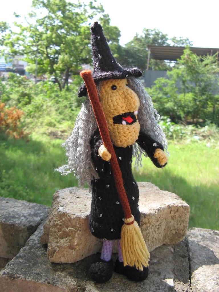 Amigurumiwitches Forum : Amigurumi Halloween Witch -Crochet pattern PDF Meet ...