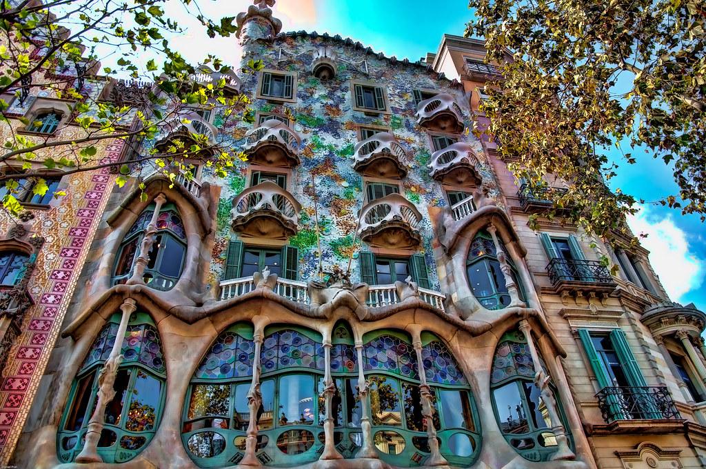 Casa batll obra de gaud paseo de gracia barcelona - Casa de madrid en barcelona ...