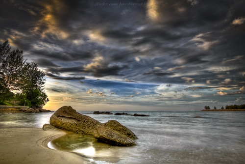 Tungku  Beach HDR | by HardBreakKid