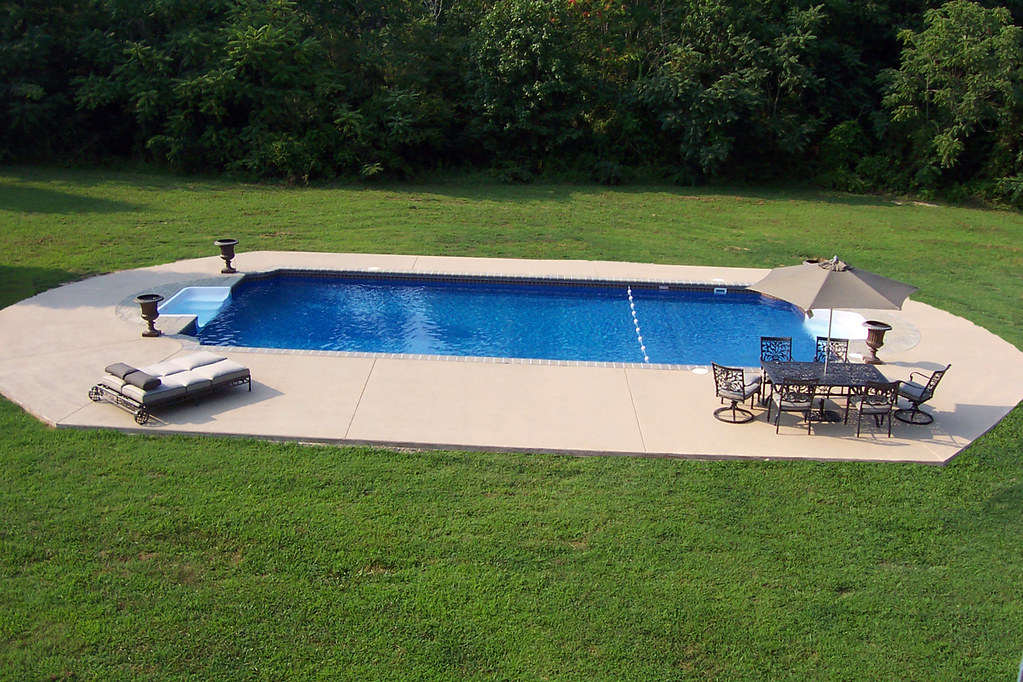 how to build an inground concrete swimming pool
