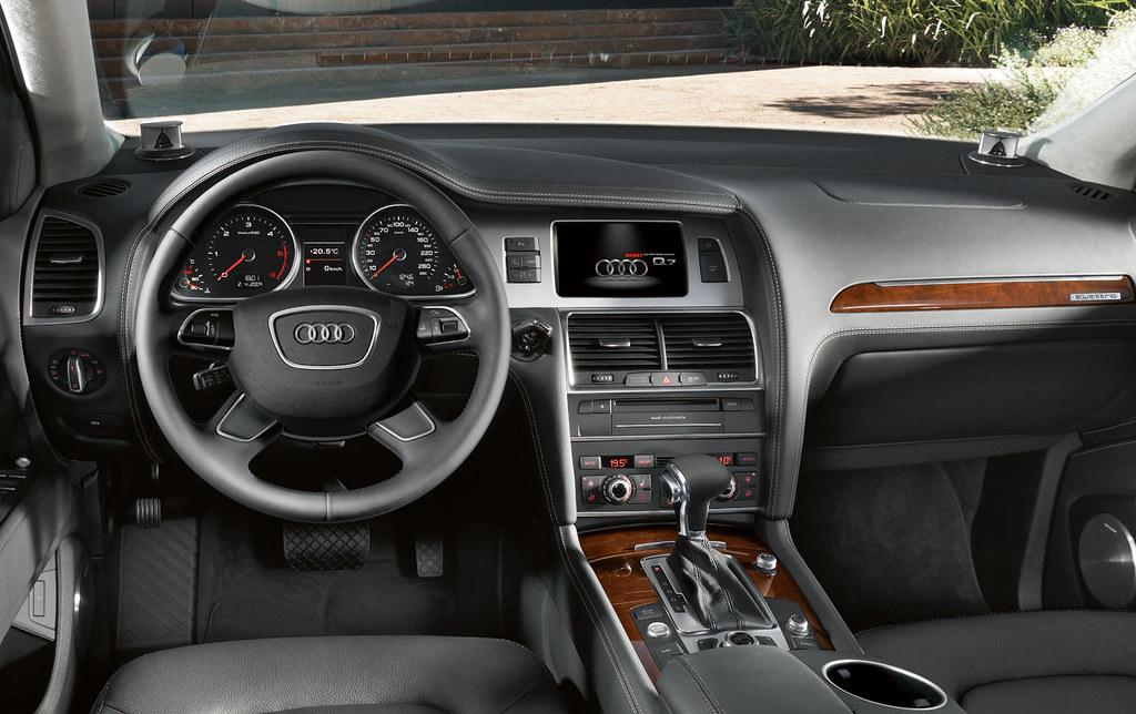 Audi Q7 V12 TDI Interior | www.m25audi.co.uk/newcars/q7/q7-v… | Flickr