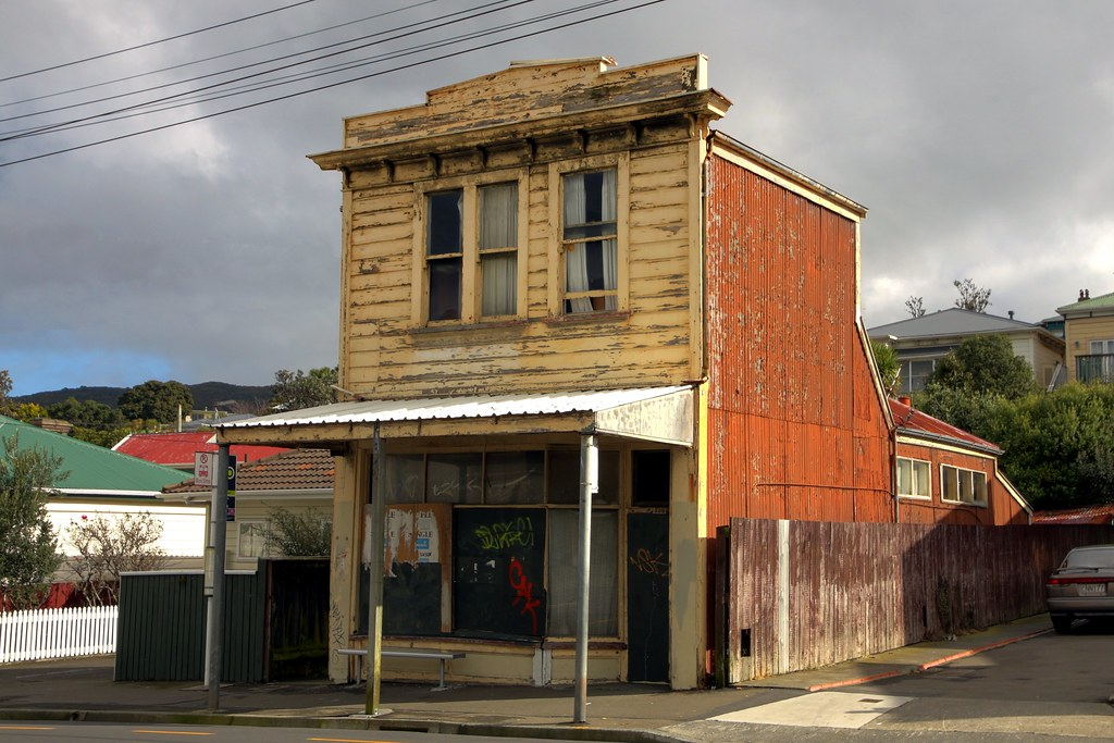 Old house and shop adelaide road berhampore wellington for Classic house wellington