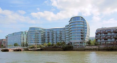 Riverside Flats To Rent
