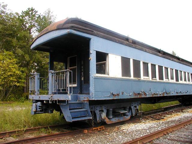 Abandoned Blue Railroad Passenger Car Flickr Photo