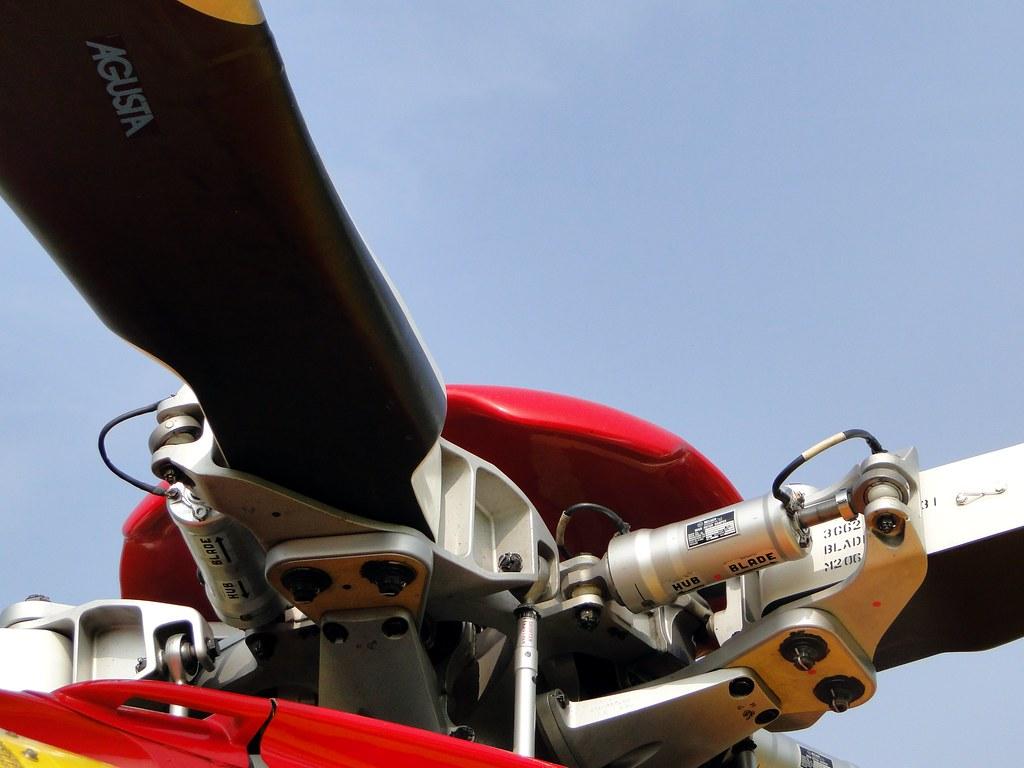 Elicottero 139 : Aw139 main rotor ec klc medevac stefano f flickr