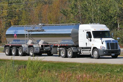 09262011 588 Ian A Mccord Agropur Milk Truck Ian A